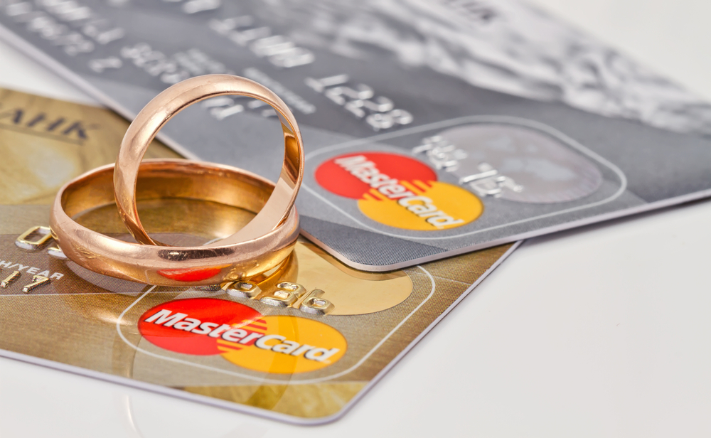 Are Joint Credit Cards Good For Marriages