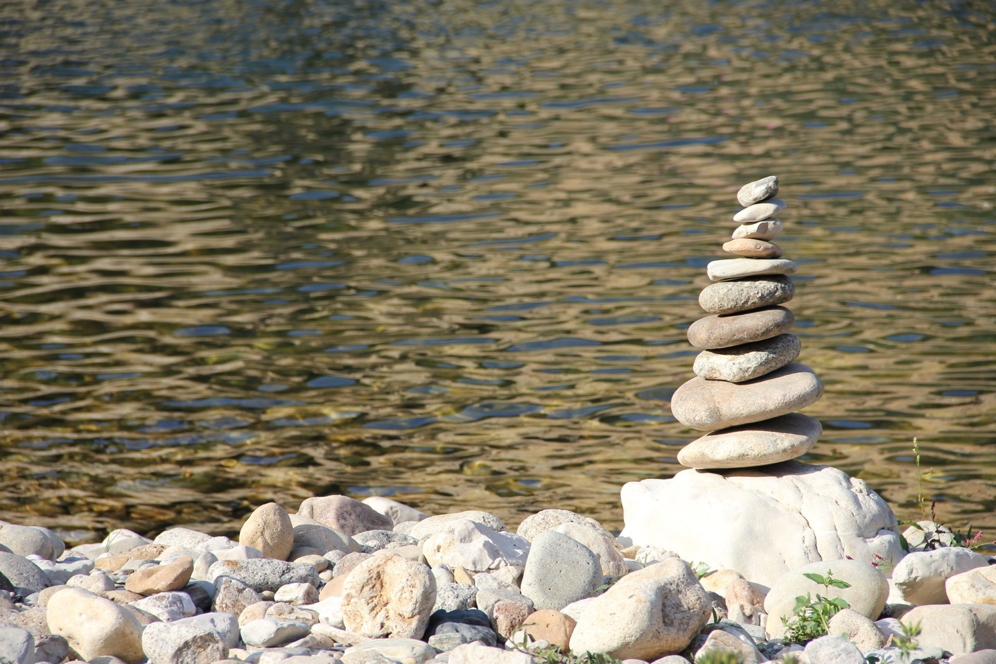 balancing-rocks-finances