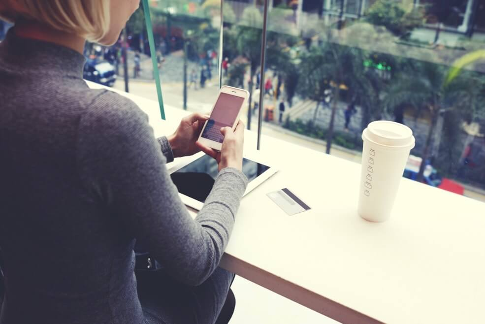 Image Credit | http://www.shutterstock.com/pic-399952555/stock-photo-closely-of-woman-is-typing-text-message-on-cell-telephone-while-is-resting-in-coffee-shop-of-modern-shopping-center-in-new-york-young-hipster-girl-is-chatting-in-social-network-via-mobil.html?src=_RTuUyTGEgDAyPaNd4thuQ-1-85