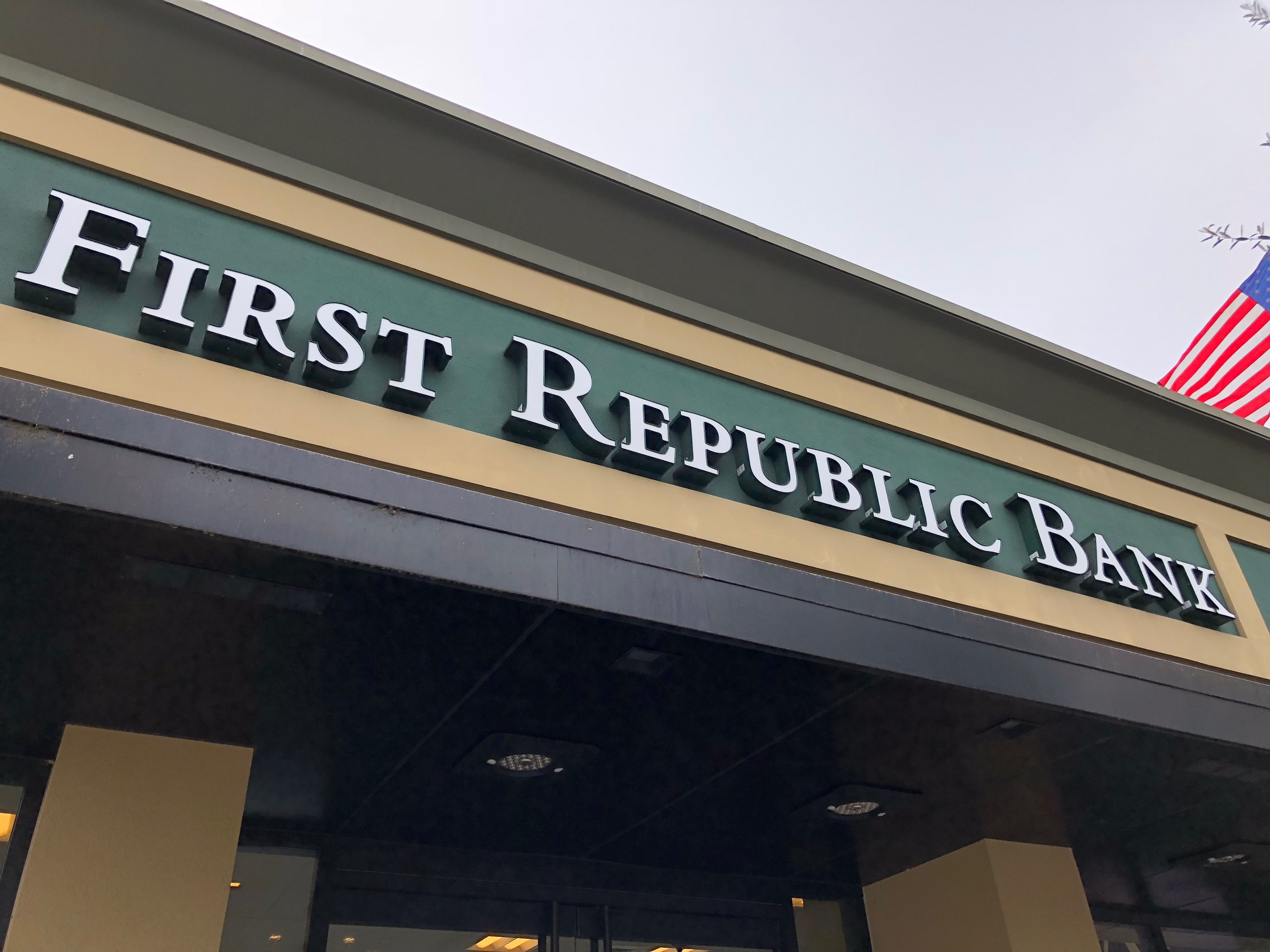 First Republic Bank Checking 2020 Review - Should You Open?