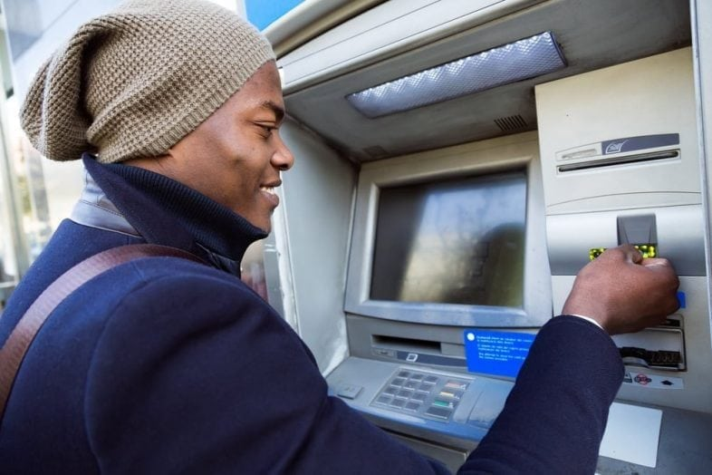 How Immigrants Can Open a Bank Account Without a Social Security