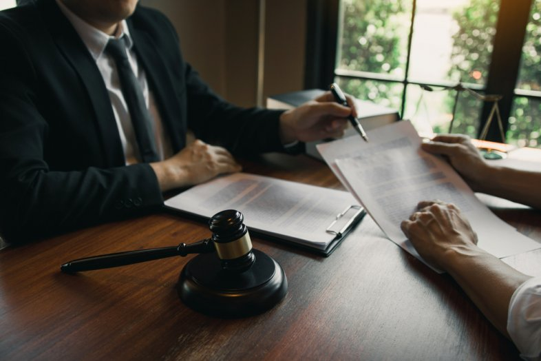 Finding a Good Real Estate Attorney: What to Look For