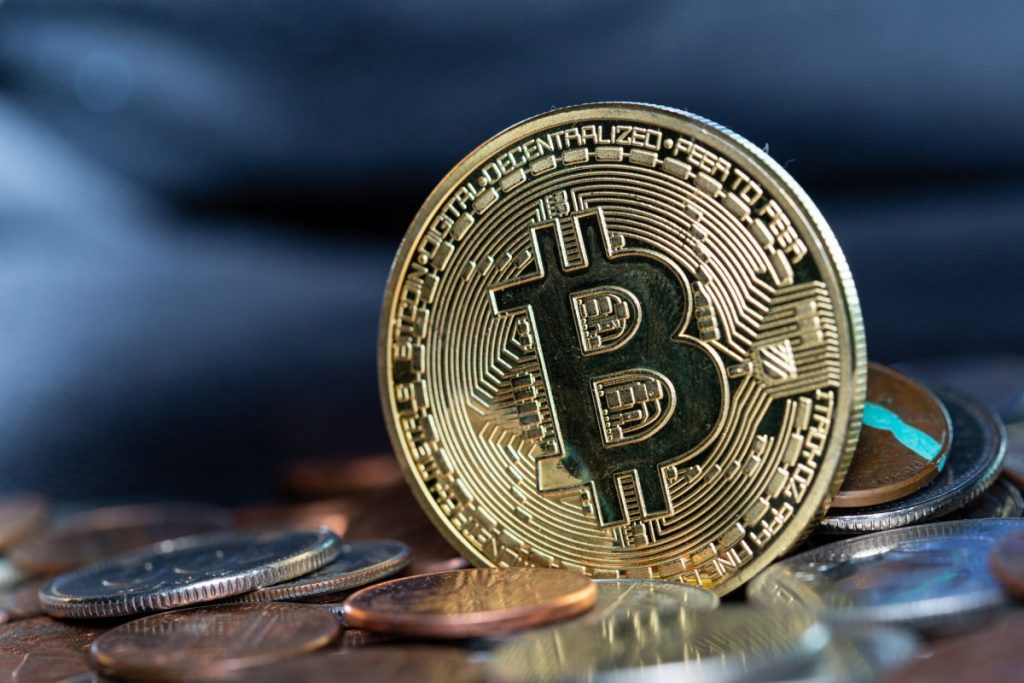 Cash out bitcoins to bank account best legal online sports betting